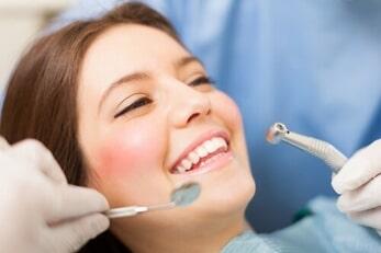 Sfaturi dentare – depasiti frica de dentist!